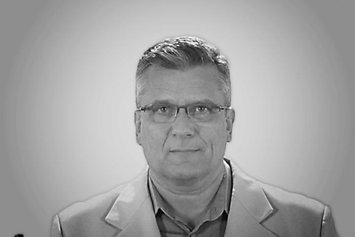 Dr. Alexandre Serafim